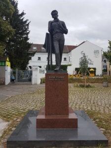 Egon Schiele Denkmal Tulln